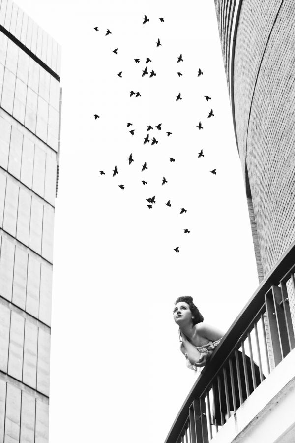 actress-portfolio-photography-cambridge-black-and-white-with-birds