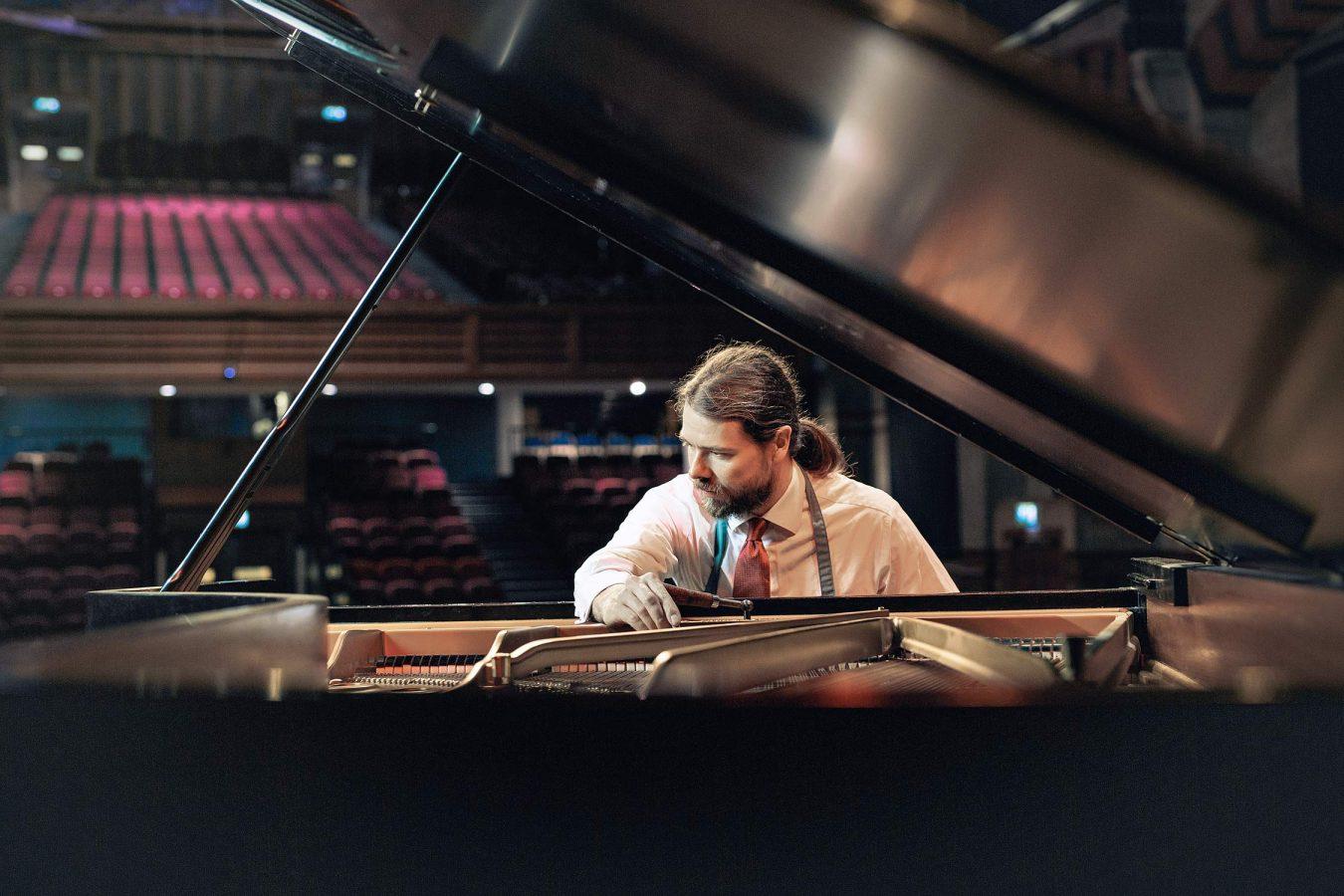 cambridge-portrait-photography-piano-tuner