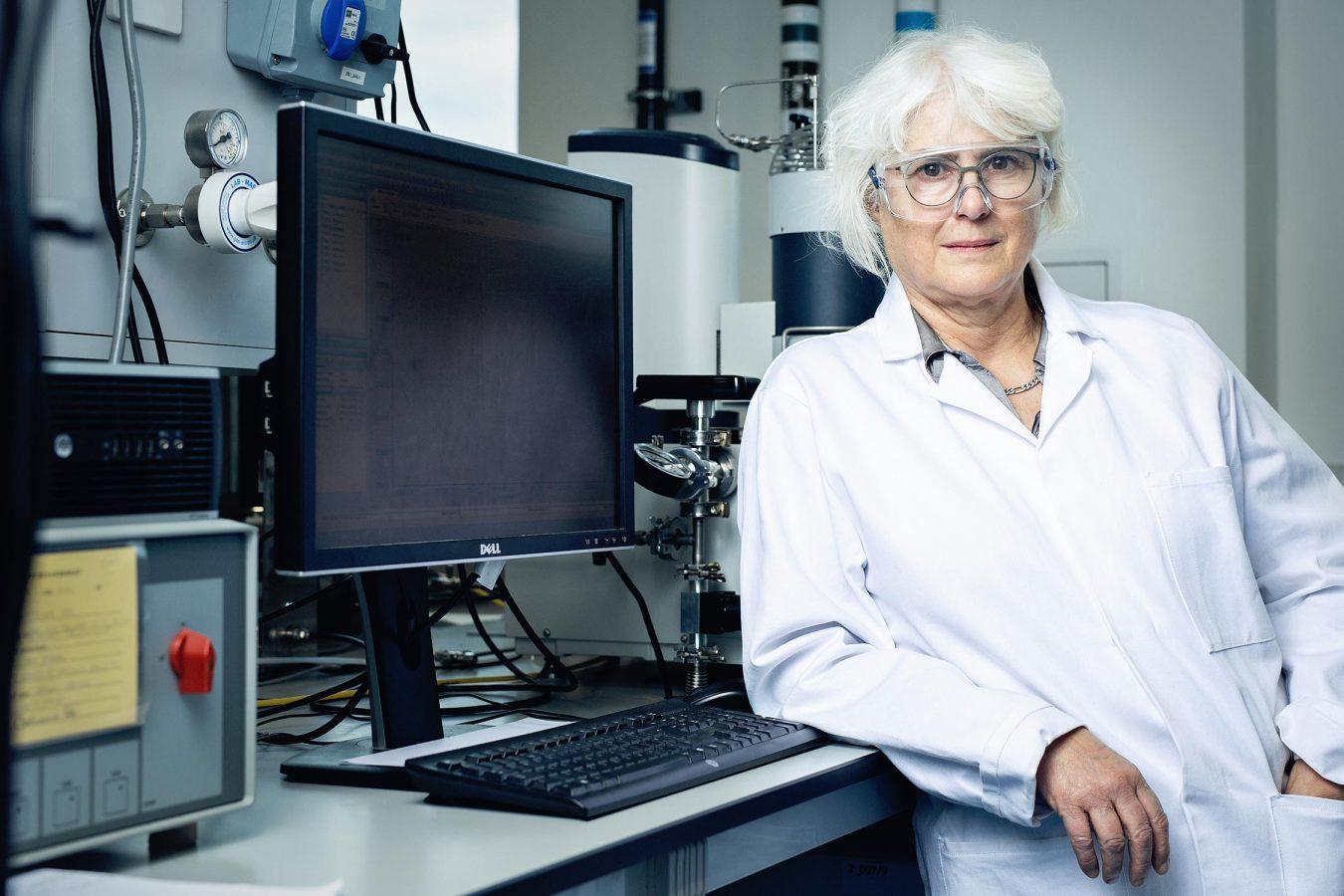 scientist-portrait-photography-cambridge