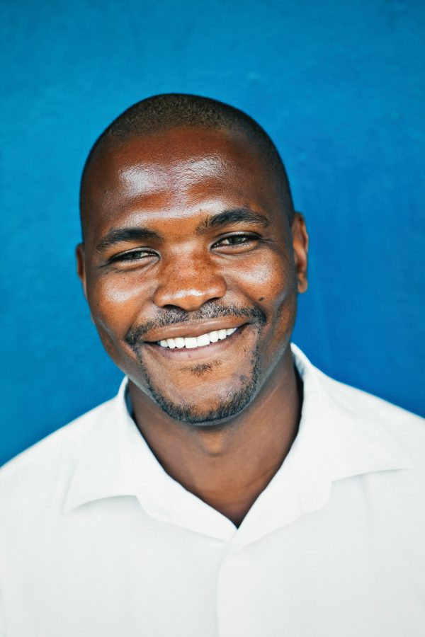 colourful-headshot-photography-malawi-man-blue
