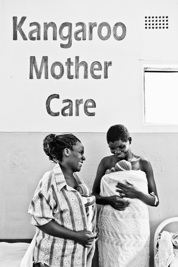 documentary-photography-malawi-health-kangaroo-mother-care