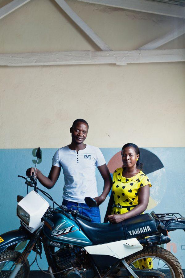 editorial-photography-malawi-house-parents-gomani