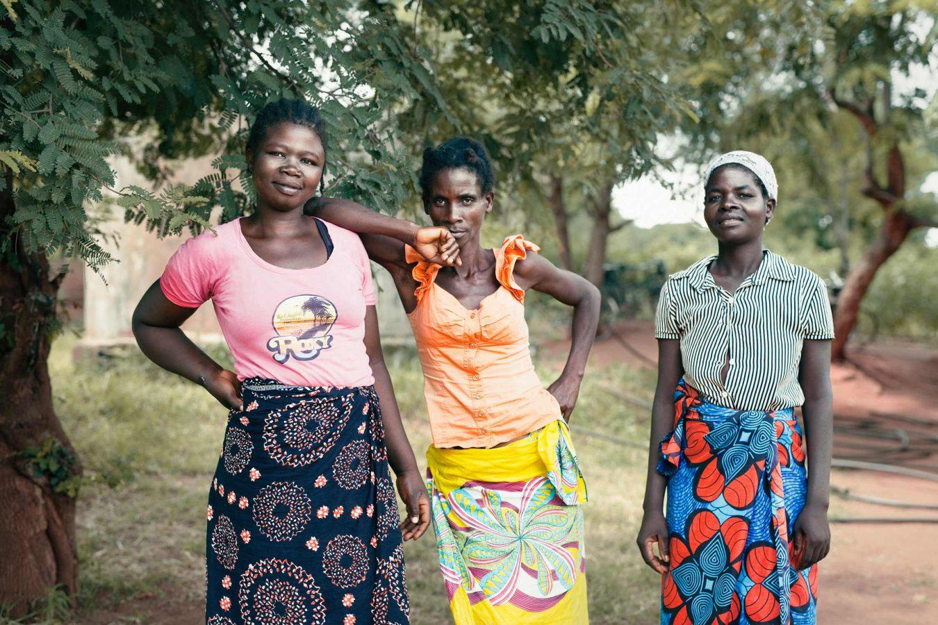 editorial-photography-malawi-female-gardeners-namisu