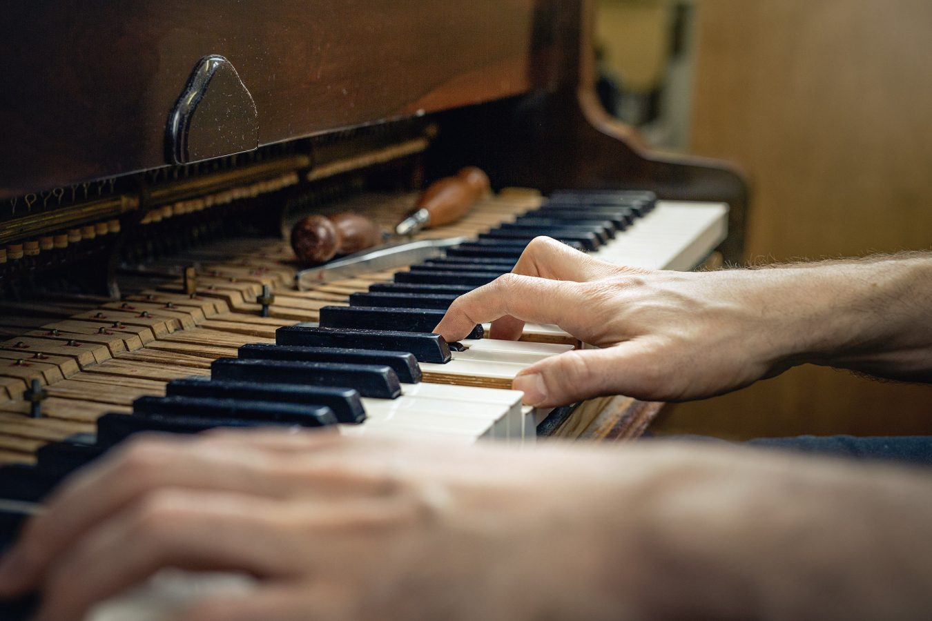 piano-restoration-photographer-cambridge