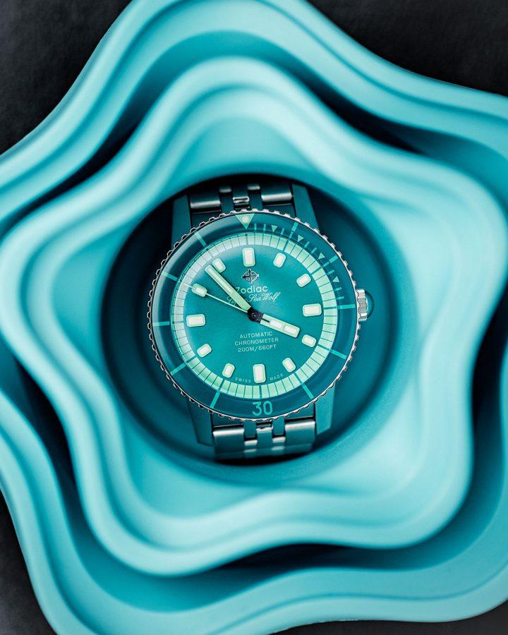 zodiac-superseawolf-aquamarine-dive-watch-product-photography